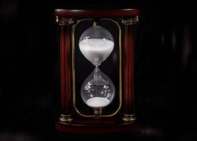 hourglass-sandglass-timer-sand-timer-sand-clock